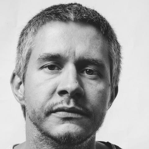 Mihai Păcurar – instalație video, vizual